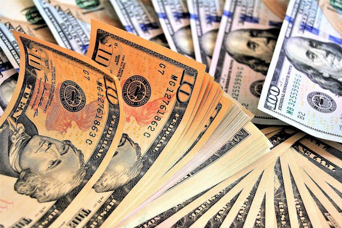 Geld und Steuern sparen